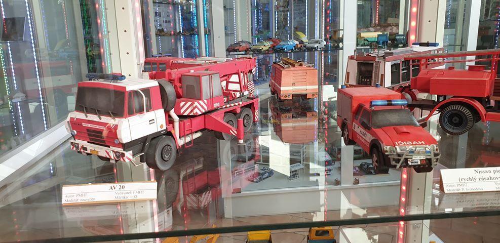 Muzeum papírových modelů 03