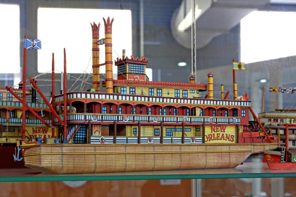 Muzeum papírových modelů 05