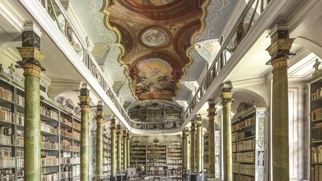 Knihovny benediktinských klášterů