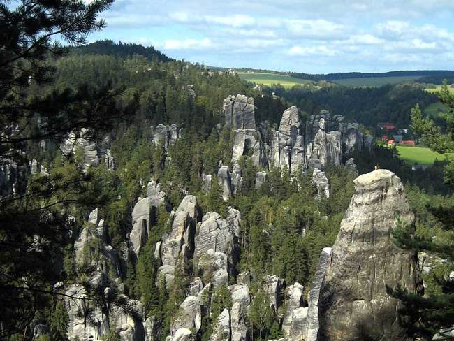 Do Adršpašsko-Teplických skal zezadu