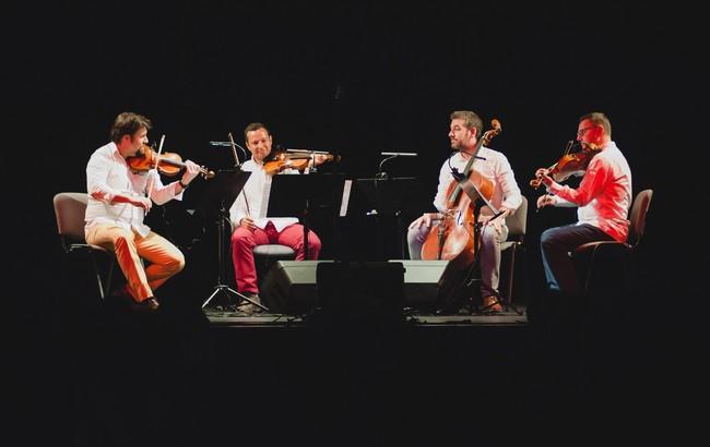 Dny nabité hudbou vyvrcholí v Broumově nočním koncertem Jiřího Bárty a společným vystoupením Epoque Quartet s Duem Siempre Nuevo