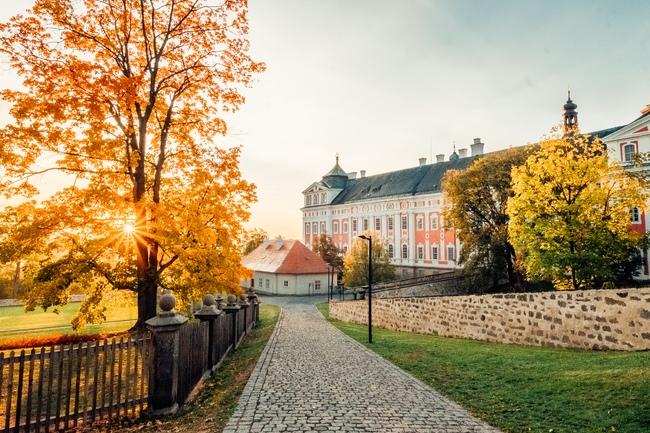 TIP 3: Klášter Broumov a nejstarší dřevěný kostel v ČR